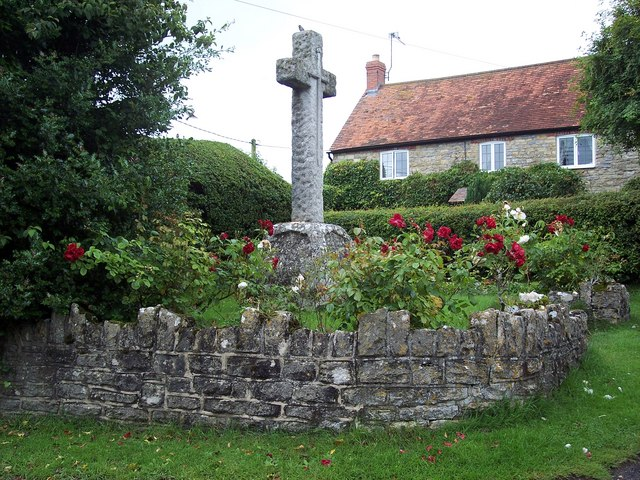 War_Memorial,_Kington_Magna_-_geograph.org.uk_-_475357